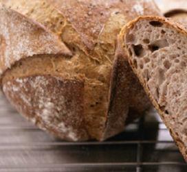 Oud brood vermengen met nieuw brood