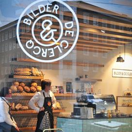 Handgemaaktbrood geeft Bilder en De Clercq een bakkersfunctie