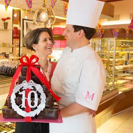 Michel viert jubileum samen met klanten
