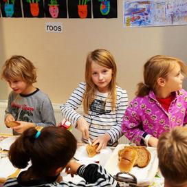 Nationaal Schoolontbijt steunt War Child