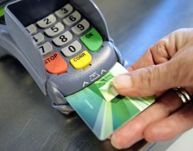 ABN Amro betaalt pin-geld sneller uit