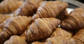 Britse supermarkt verkoopt alleen nog rechte croissants