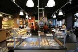 Hazenberg verbouwd: koffiehoek verdubbeld