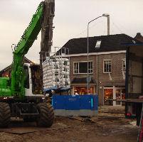 De Soete Suikerbol zet graafmachine in voor lossen vracht Beko