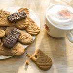 Acties Wakker Dieren tegen koekjes met legbatterij-ei