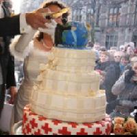 Bruidstaart 3fm huwelijk van Dunya's Taartenatelier