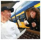 Bakkerij Vermeulen&Den Otter deelt 1500 Bossche bollen uit