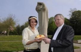 Jumbo bakt 'heilig' brood