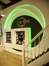 Dobla heeft eigen winkel