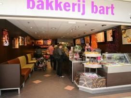 Vijftig Bakker Bart winkels in problemen