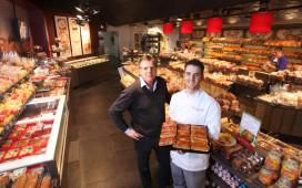 Verbouwde winkel Verkerk geopend