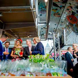 Maxima opent Wereld van Smaak in Markthal