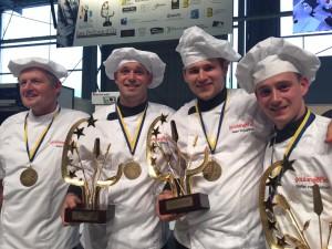 Hans Som, Michel Schröder, Gerard Vreugdenhil en Stefan van Lieshout met de gewonnen prijzen. Foto: BoulangerieTeam