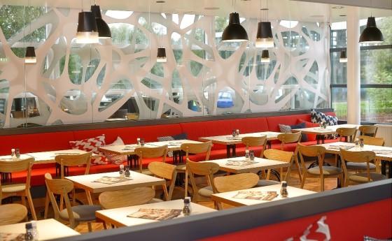 Restaurant zitgedeelte 560x345