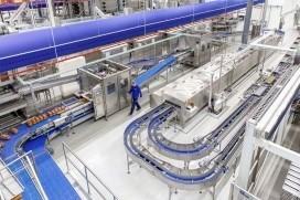 Nieuwe bakkerij Hoogvliet officieel open