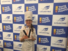 Rianne Kuijntjes wint Young Bakery Hopeful