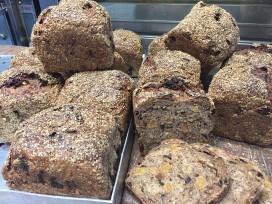 Bakkerij Vroeg ontwikkelt brood voor darmkankermaand UMC
