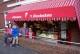 Bakkerij Vaags in Aalten opent IJssalon 't Heuksken