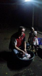 's avonds zelf de kleren wassen