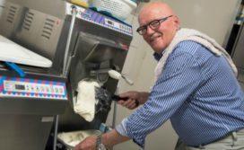 Opa Max Verstappen uit kritiek op term ambachtelijk ijs