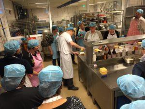 De workshops vinden plaats in de bakkerij en kunnen precies tussen de werkzaamheden worden ingedeeld.