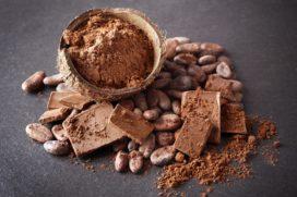 Cacaobonen mengen door middel van zwaartekracht