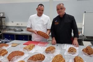 Piet Daane bakt het beste paasbrood van de Echte Bakkers