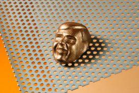 Tilburgse chocolatiers maken Koningsbonbon
