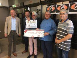 Bake for Life ontvangt ruim €3600 van oud-docent Jansen