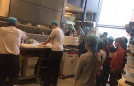 Leerlingen bezoeken Meesterbakker Roodenrijs op dag Westlandse Techniek