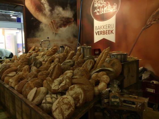 Bakkerij Verbeek uit Brummen staat vooral op de beurs om klantcontacten te onderhouden.Het bedrijf biedt een brede range aan biologisch brood en banket.