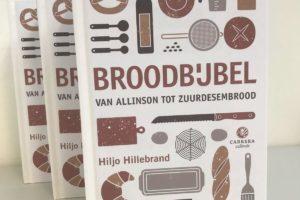 Meester Boulanger Hillebrand trots op zijn boek: Broodbijbel