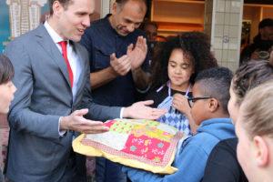 Kids Rivierenbuurt ontwikkelen Wolkenkrabbertje voor prof-bakker