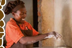 Ambassadeur Oeganda ontvangt eerste Bake for Life Bananenbrood